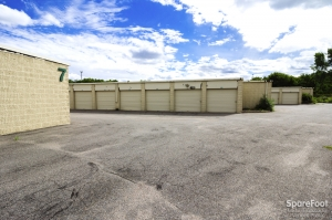 Simply Self Storage - Eagan - Photo 9