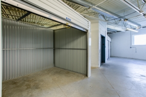 Simply Self Storage - St Clair Shores, MI - 9 Mile Rd - Photo 3