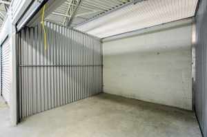 Simply Self Storage - St Clair Shores, MI - 9 Mile Rd - Photo 5