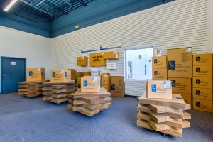 Simply Self Storage - St Clair Shores, MI - 9 Mile Rd - Photo 11