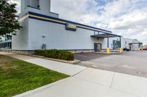 Simply Self Storage - St Clair Shores, MI - 9 Mile Rd
