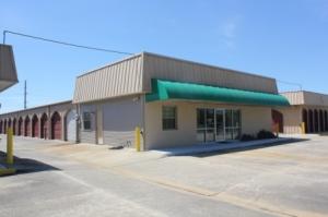 Choctaw Storage Center and Uhaul Dealer