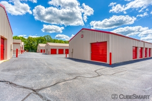 Image of CubeSmart Self Storage - Rockford - 7511 Vandiver Rd Facility on 7511 Vandiver Rd  in Rockford, IL - View 4
