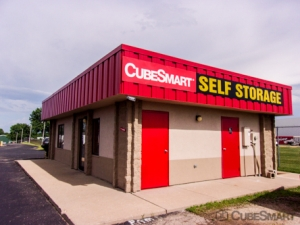 CubeSmart Self Storage - Peoria - 9219 N Industrial Rd Facility at  9219 N Industrial Rd, Peoria, IL