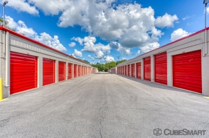 Image of CubeSmart Self Storage - Rockford - 6210 Forest Hills Road Facility on 6210 Forest Hills Road  in Loves Park, IL - View 3