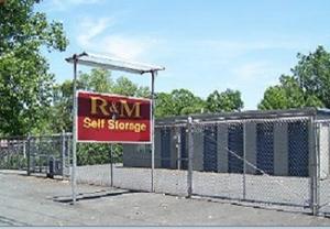 R & M Self Storage