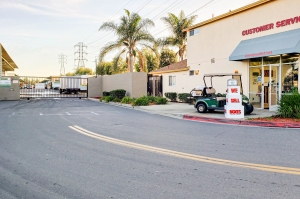 Image of Storage Outlet - Bellflower Facility on 10326 Foster Road  in Bellflower, CA - View 2