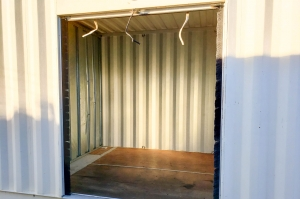 Image of Storage Outlet - Bellflower Facility on 10326 Foster Road  in Bellflower, CA - View 3