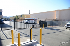 Storageone rhodes ranch las vegas low rates for Storage one rhodes ranch