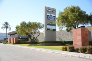 Image of StorageOne - Flamingo Facility on 9960 West Flamingo Road  in Las Vegas, NV - View 2