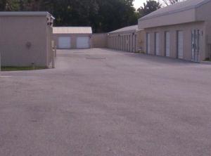 Image of StorQuest - Bradenton/Manatee Facility on 2830 Manatee Ave E  in Bradenton, FL - View 4