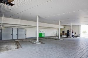 South Coast Self Storage - Santa Ana - 3480 West Warner Avenue - Photo 6