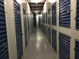 Life Storage - Bradenton - Photo 3