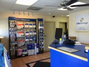 Life Storage - Bradenton - Photo 6