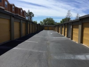 Life Storage - Clearwater - North Myrtle Avenue - Photo 8