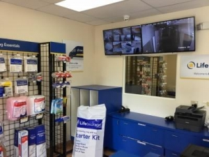 Life Storage - Clearwater - North Myrtle Avenue - Photo 4