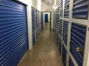 Life Storage - Clearwater - North Myrtle Avenue - Photo 5