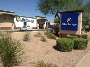 Life Storage - Phoenix - North 83rd Avenue Facility at  2924 N 83rd Ave, Phoenix, AZ