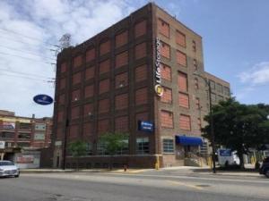 Life Storage - Chicago - North Western Avenue