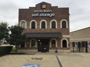 Life Storage - Round Rock - Double Creek Dr