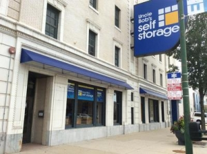 Life Storage - Chicago - North Broadway Street