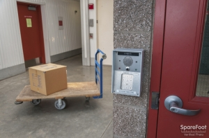 Woodinville Heated Storage - Photo 4