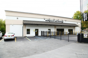 Safeguard Self Storage - Thornwood