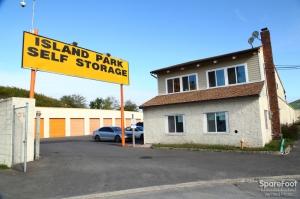 Island Park Self Storage