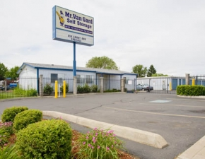 Storage Court of Yakima & 3 Self Storage Rentals Near Selah WA from $19/Mo