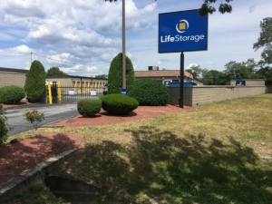 Life Storage - East Providence Facility at  800 Narragansett Park Drive, East Providence, RI