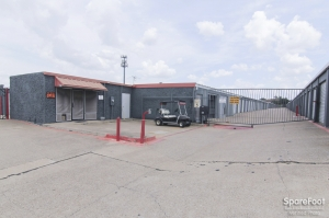 The Best Little Warehouse In Texas - Randol Mill Self Storage