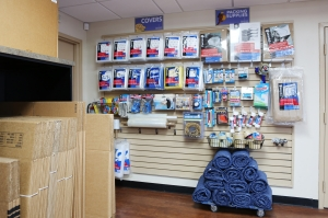 Reserve A Unit At Storesmart Englewood Englewood Fl