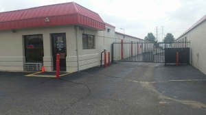 Devon Self Storage - American Way Facility at  5141 American Way, Memphis, TN