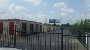 Image of Devon Self Storage - American Way Facility on 5141 American Way  in Memphis, TN - View 2