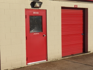 Devon Self Storage - 4705 Winchester - Photo 9