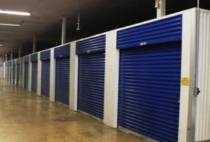 Devon Self Storage - Austin Peay Facility at  3040 Austin Peay Highway, Memphis, TN