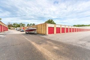 Image of Devon Self Storage - Getwell Facility on 3577 New Getwell Road  in Memphis, TN - View 3