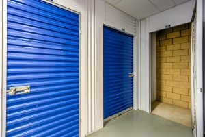 Devon Self Storage - Thousand Palms - Photo 6