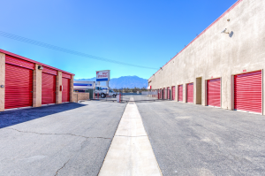 Devon Self Storage - Thousand Palms - Photo 7