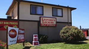 Leonard's Lockers Self Storage
