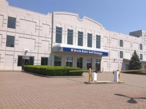 Life Storage - Farmingdale - Executive Boulevard