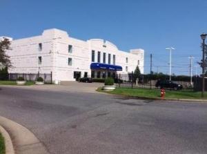 Life Storage - Farmingdale - Executive Boulevard