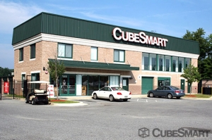CubeSmart Self Storage - Clinton - Photo 2