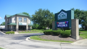 Global Self Storage - Bolingbrook