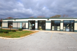 Image of Global Self Storage - Dolton Facility on 14900 Woodlawn Avenue  in Dolton, IL - View 3
