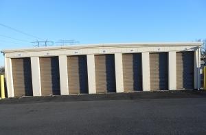 D & L Storage