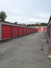 Airport Mini Storage - Bourne Avenue
