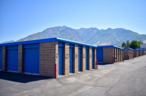 STOR-N-LOCK Self Storage - Cottonwood Heights - Photo 3