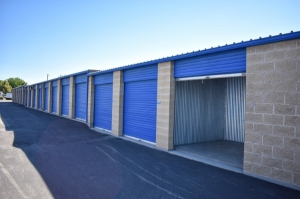 STOR-N-LOCK Self Storage - Boise - Fairview at Curtis - Photo 5