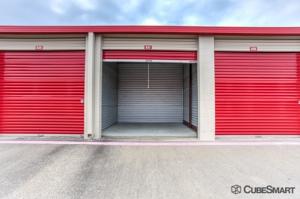 CubeSmart Self Storage - Dallas - 17613 Coit Rd - Photo 9